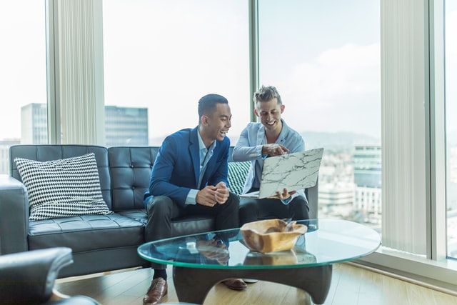 choosing a real estate agent when selling a home